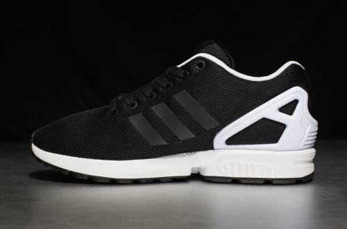 adidas ZX Flux – Core Black / Core Black / Footwear White