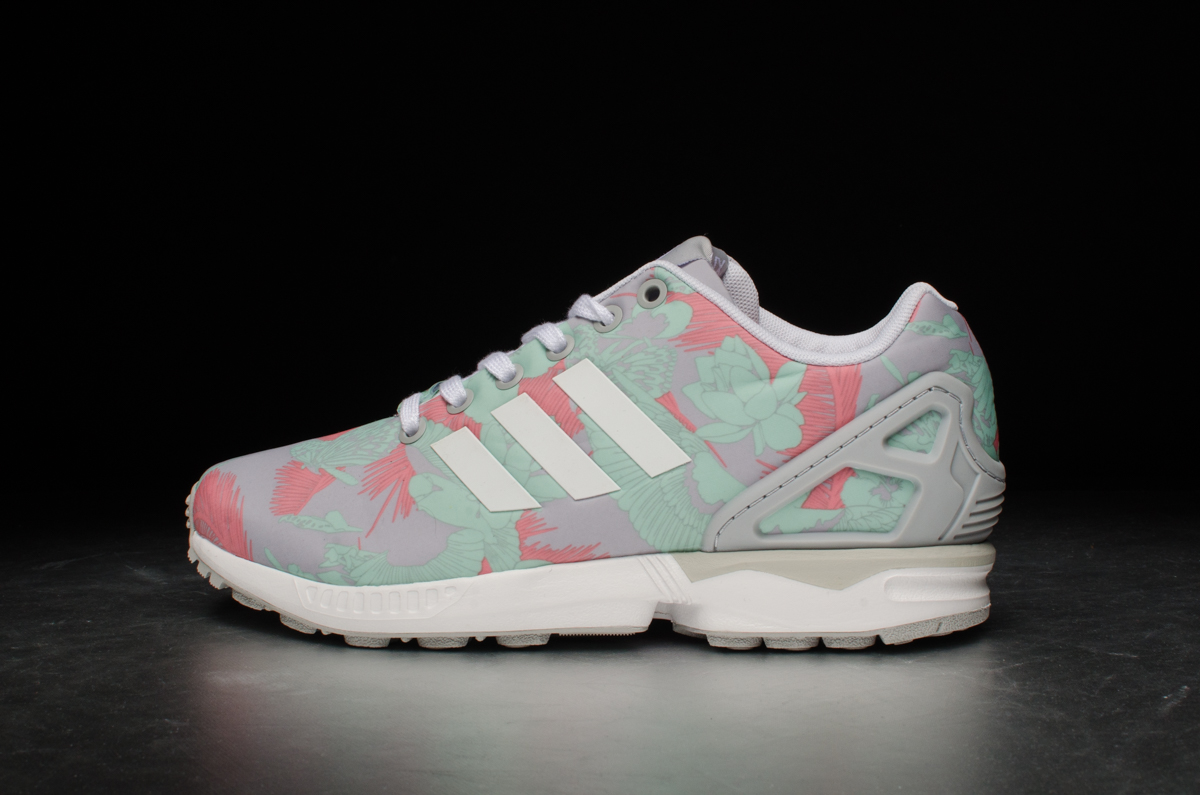 adidas originals zx flux w clear onix ftwr white. Black Bedroom Furniture Sets. Home Design Ideas