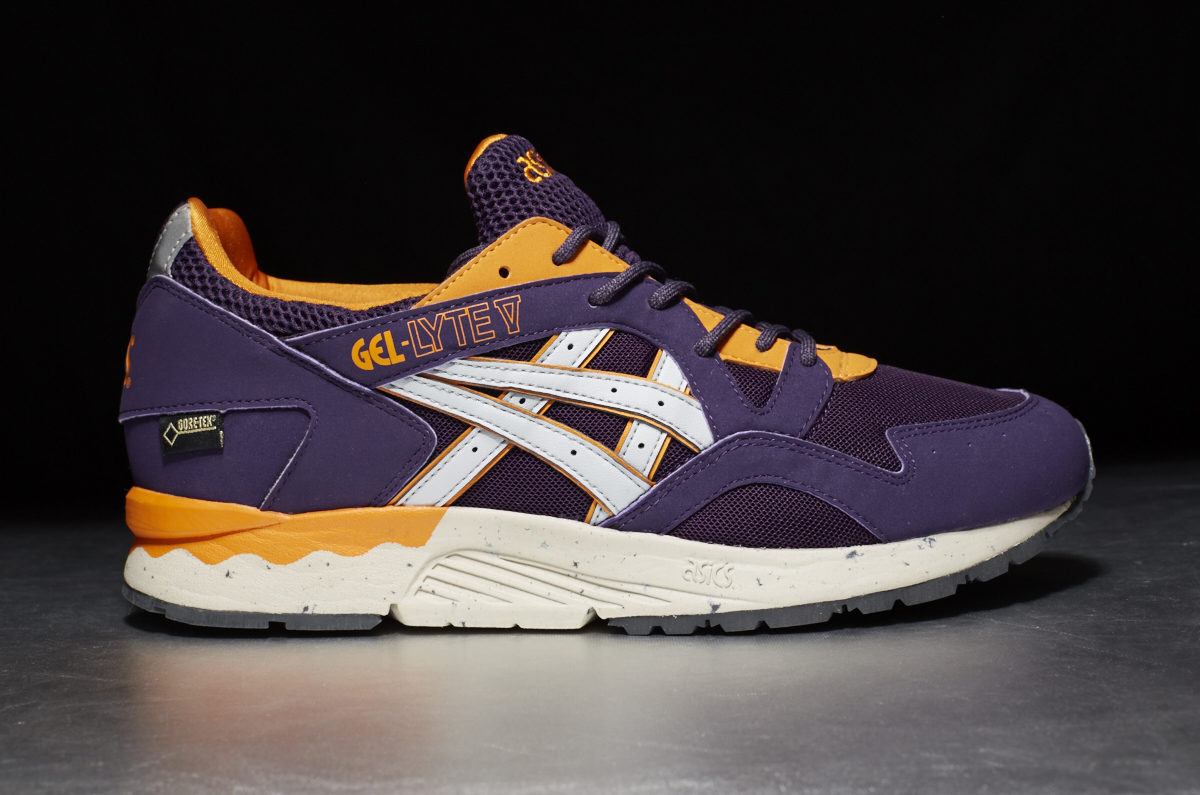 9fc58bb5c3cd ASICS Tiger Gel-Lyte V GORE-TEX – Purple   Soft Grey – STASP