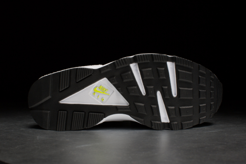 Nike Air Huarache – Dark Grey / Venom Green