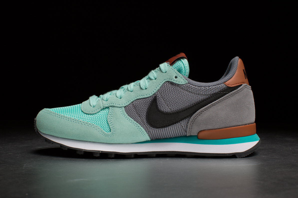 7936e96adef6 Nike Sportswear Wmns Internationalist – Artisan Teal   Cool Grey ...