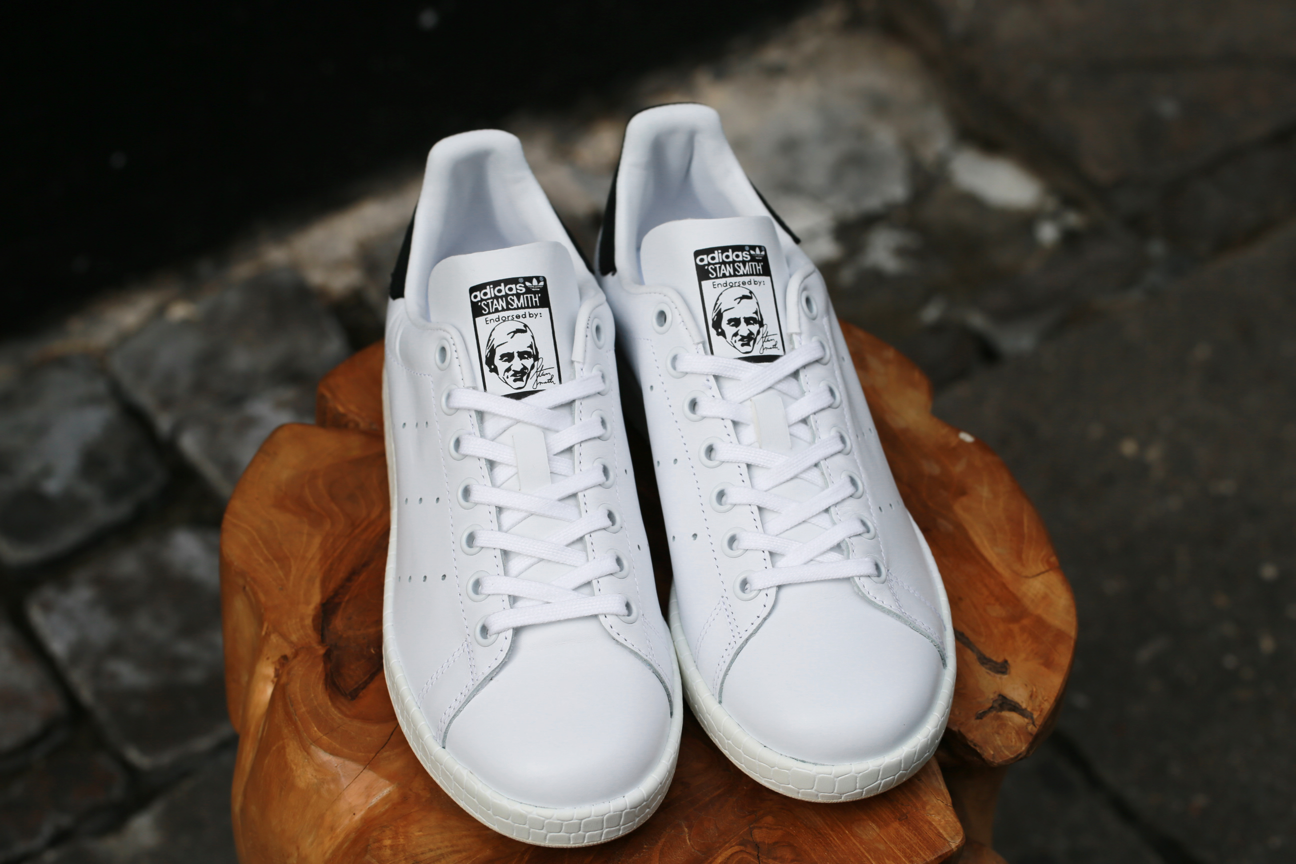big sale 91c02 ffd93 adidas Originals Stan Smith W Luxe – Ftwr White / Ftwr White / Core Black