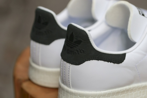 adidas Originals Stan Smith W Luxe – Ftwr White / Ftwr White / Core Black