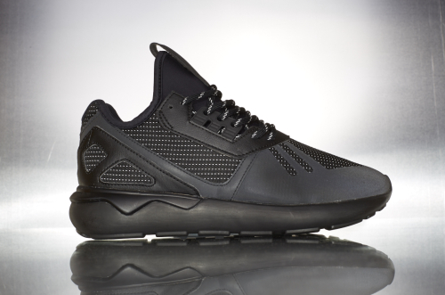 adidas Originals Tubular Runner – Core Black / Core Black / Core Black