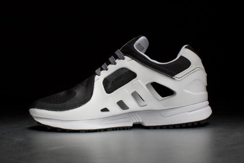 EQT Racer 2.0 – Core Black / Footwear White / Core Black
