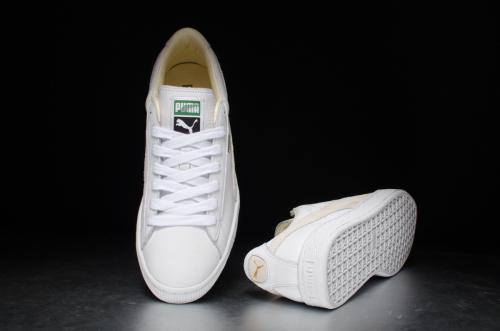 PUMA Basket Classic – White / White