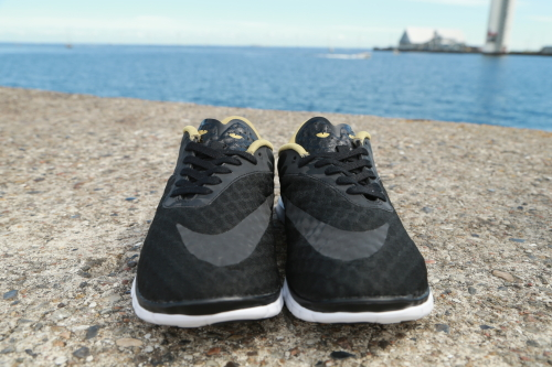 Nike Free Hypervenom Low FC – Black / Fleet Gold - White - Black