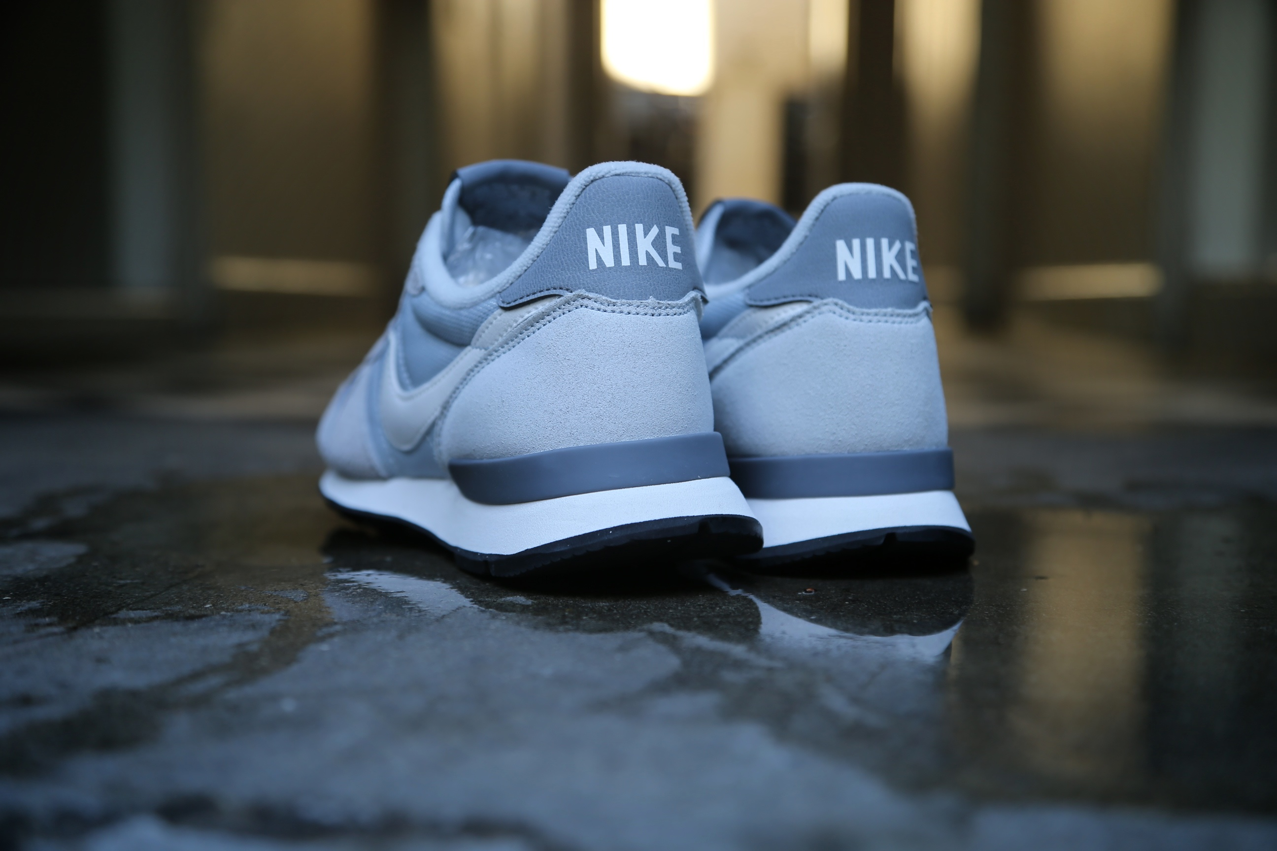 wholesale dealer 8e59f b0b7a ... uk nike wmns internationalist wolf grey summit white pure platinum cool  grey 230c5 06d4a