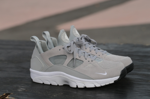 Nike Air Trainer Huarache Low – Wolf Grey / Black / White