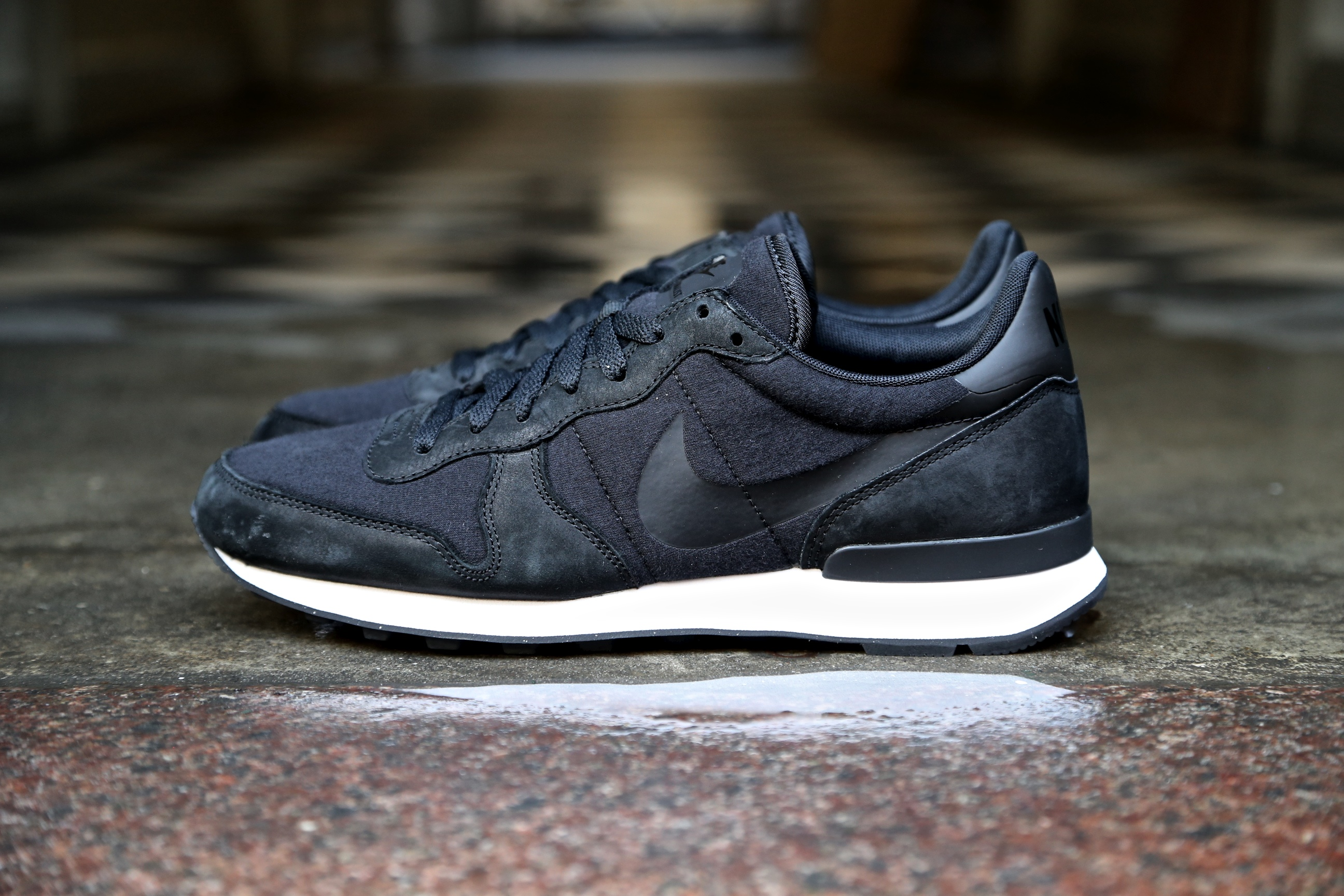 nike internationalist tp black black black stasp. Black Bedroom Furniture Sets. Home Design Ideas