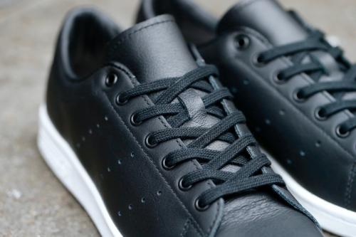 adidas Originals by HYKE Haillet - Core Black / Core Black / White