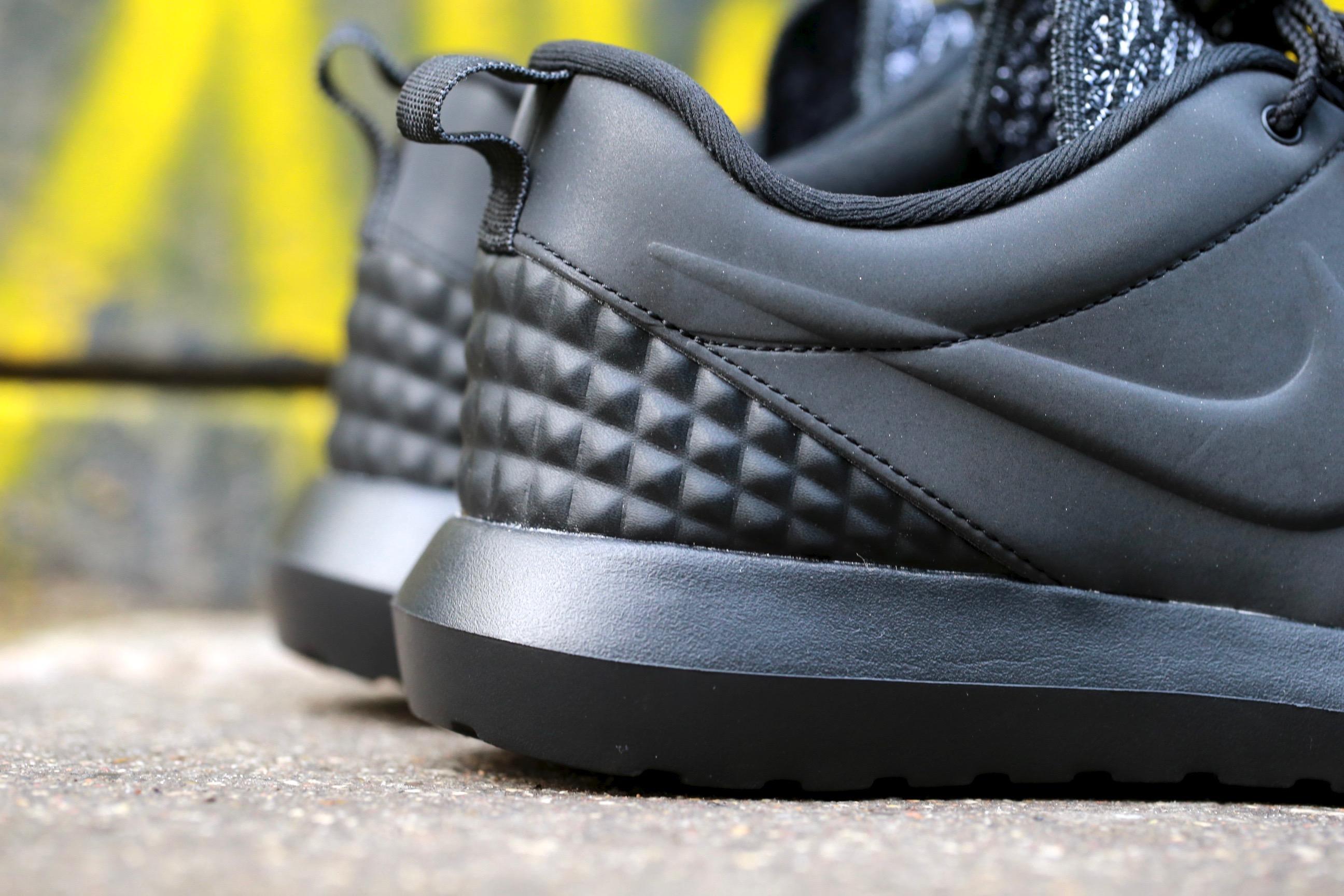 Nike Roshe Une Nm Flyknit Noir Premium