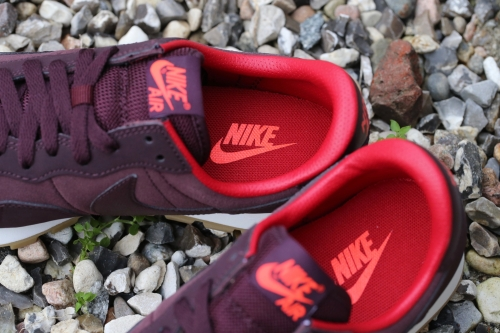 Nike Wmns Air Pegasus '83 Leather - Deep Burgundy / Bright Crimson / Gym Red / Sail