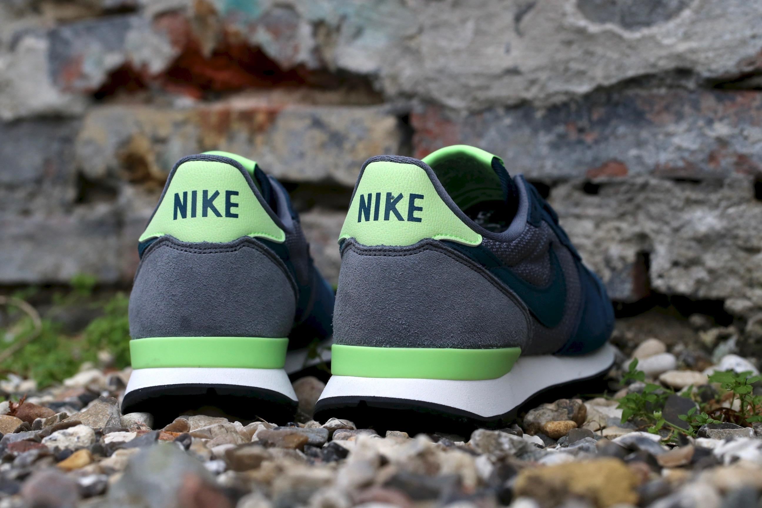 Adición Prohibir Rendición  Nike Wmns Internationalist – Mid Teal / Teal / Cool Grey / Ghost Green –  STASP