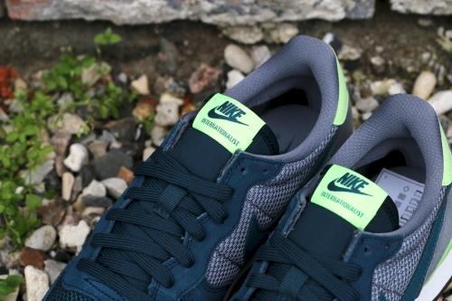 Nike Wmns Internationalist - Mid Teal / Teal / Cool Grey / Ghost Green
