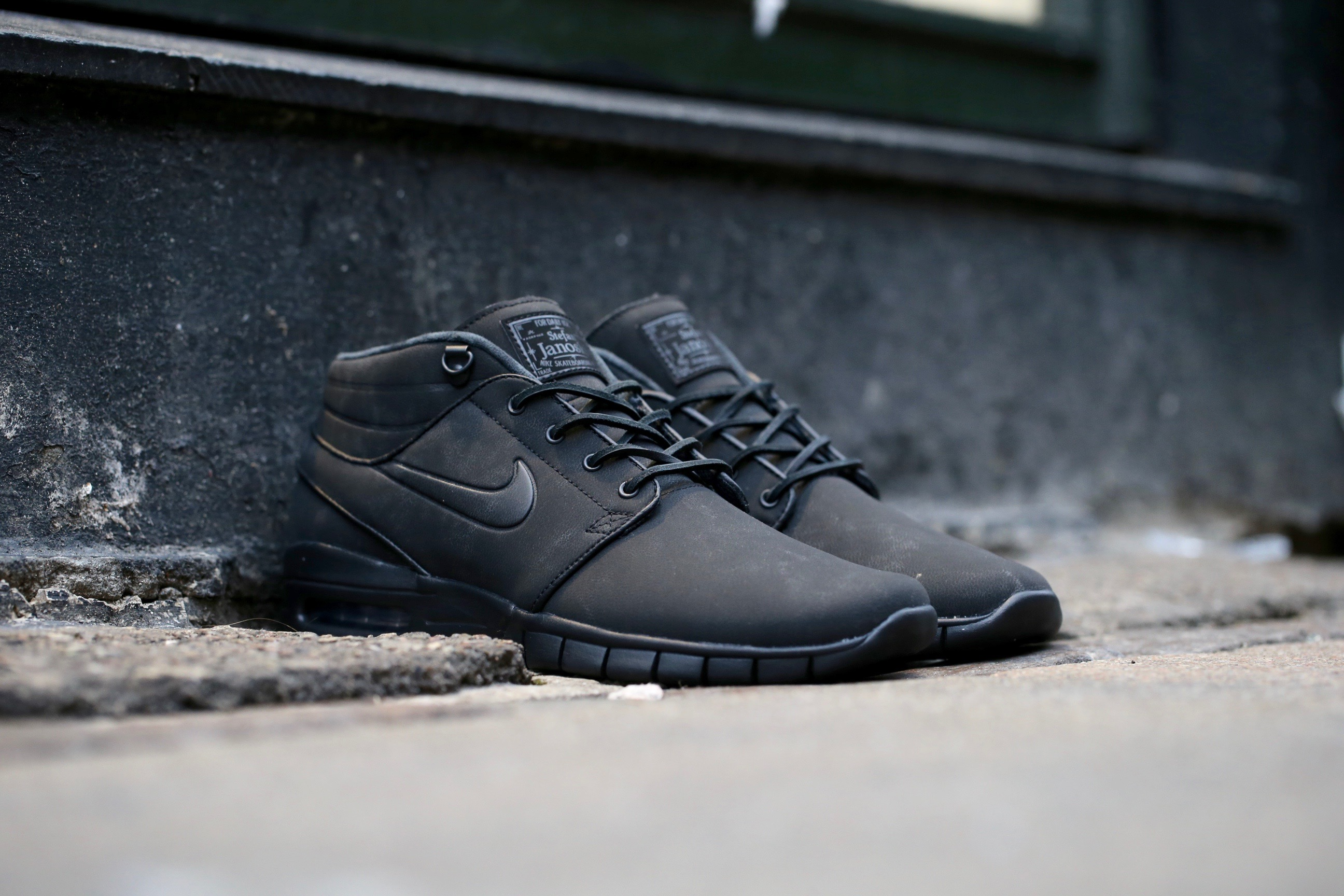 b9edf935a9b7 Welcome to Lakeview Comprehensive Dentistry. nike sb stefan janoski max mid  leather