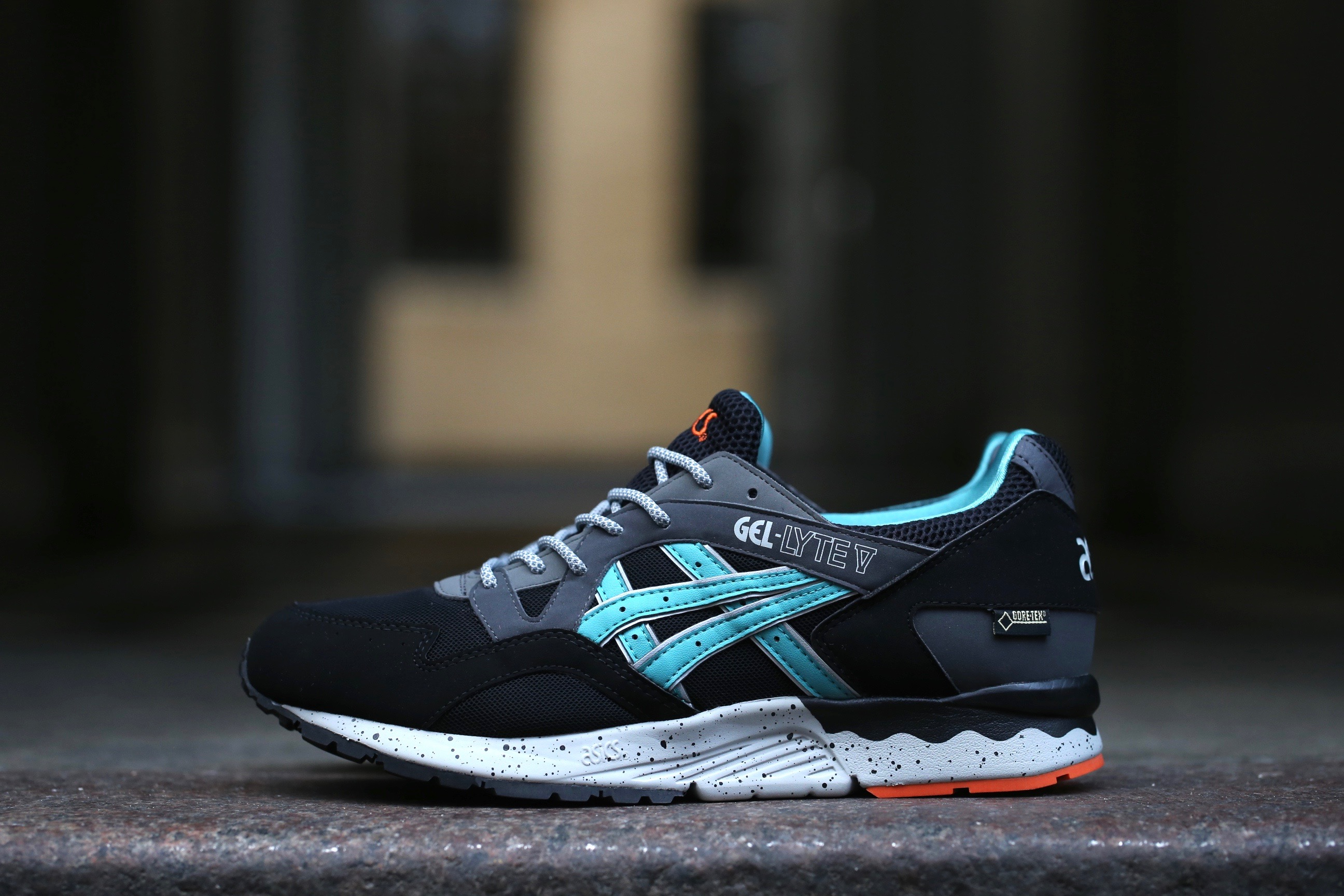 asics mens gel-lyte v shoe - latigo bay/black