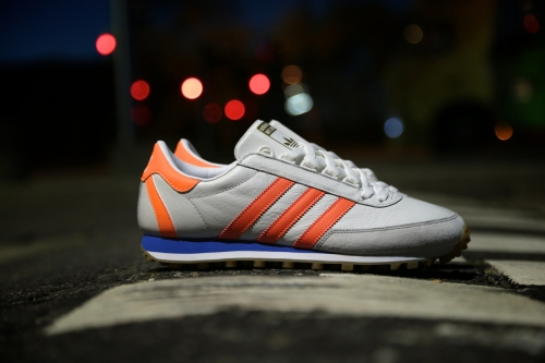adidas Originals Nite Jogger - Vintage White / Solar Orange / Blue