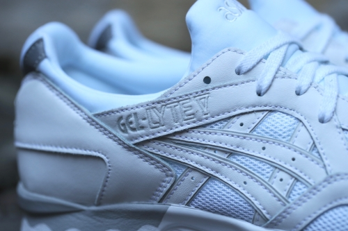 "ASICS Gel-Lyte V ""Lights Out"" Pack - White / White"