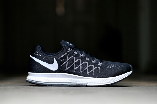 Nike Air Zoom Pegasus 32 - Black / White / Pure Platinum