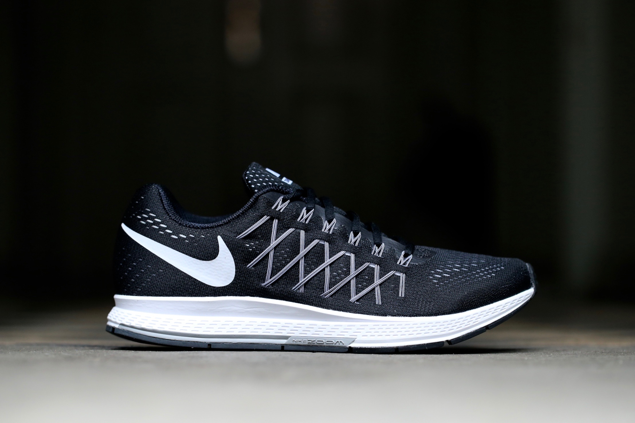 cheap for discount e548e 9277a Nike Air Zoom Pegasus 32 - Black / White / Pure Platinum