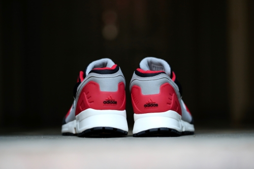 adidas Originals Equipment Running Cushion - Black / Chalk White / Red