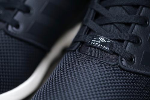 adidas Originals ZX Flux NPS Mid - Core Black / Core Black / Chalk White