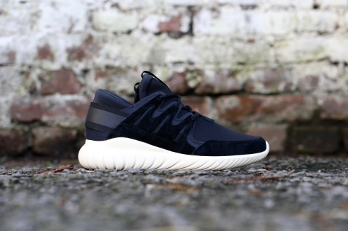 adidas Originals Tubular Nova - Core Black / Core Black / Cream White