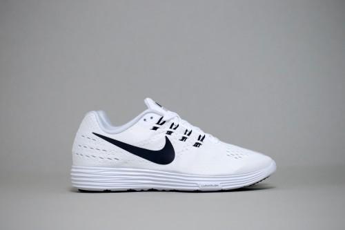 Nike LunarTempo 2 - White / Black / Pure Platinum
