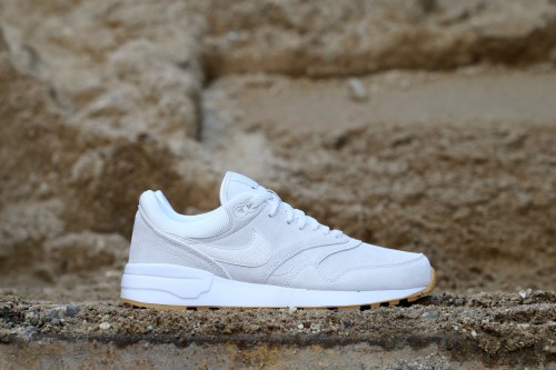 Nike Air Odyssey PRM - Phantom / White / Gum Yellow / Phantom