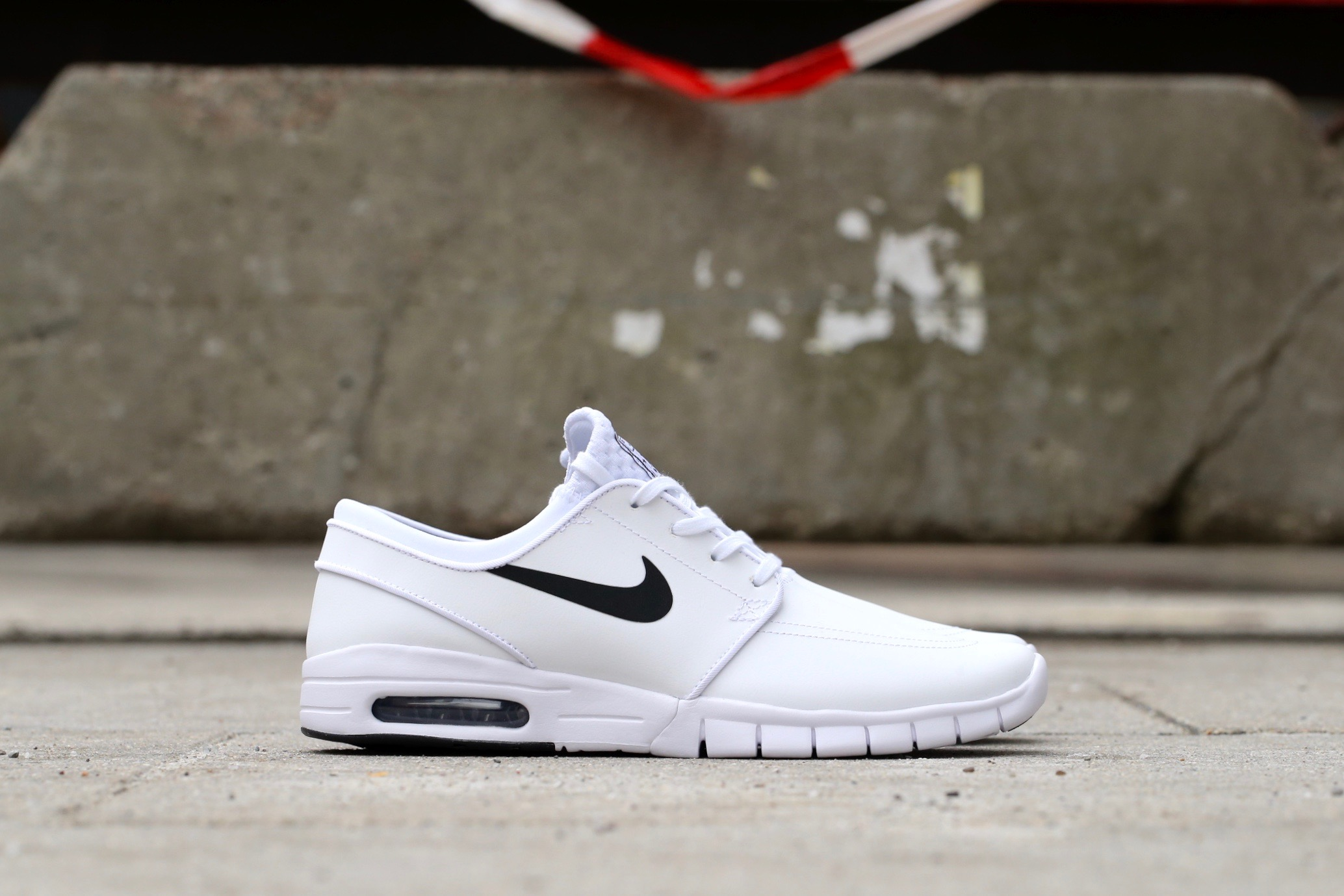 100% authentic 3beb7 9cfe6 Nike SB Stefan Janoski Max L – White   Black – STASP
