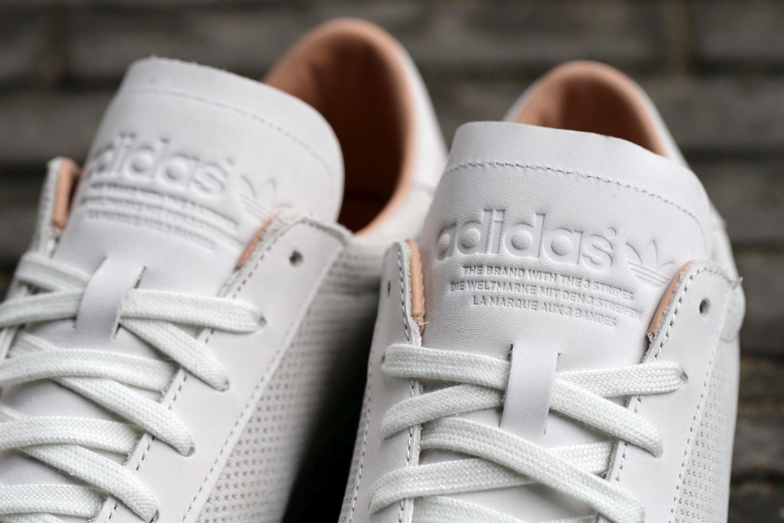 witte adidas sneakers court vantage dames