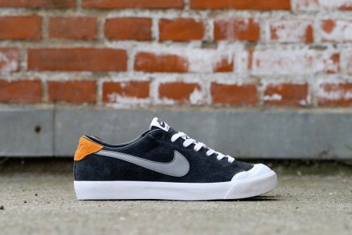 Nike SB Zoom All Court CK - Black / Vivid Orange / White / Cool Grey