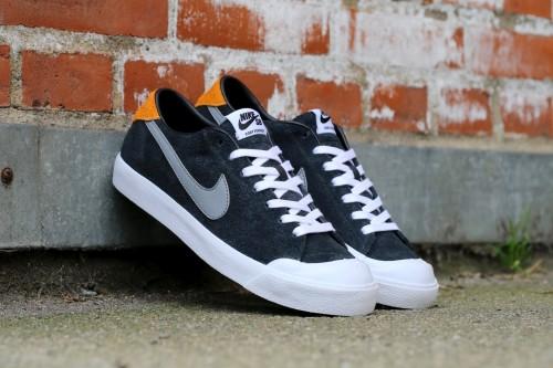 Nike SB Zoom All Court CK - Black / Vivid Orange / White / Cool Grey