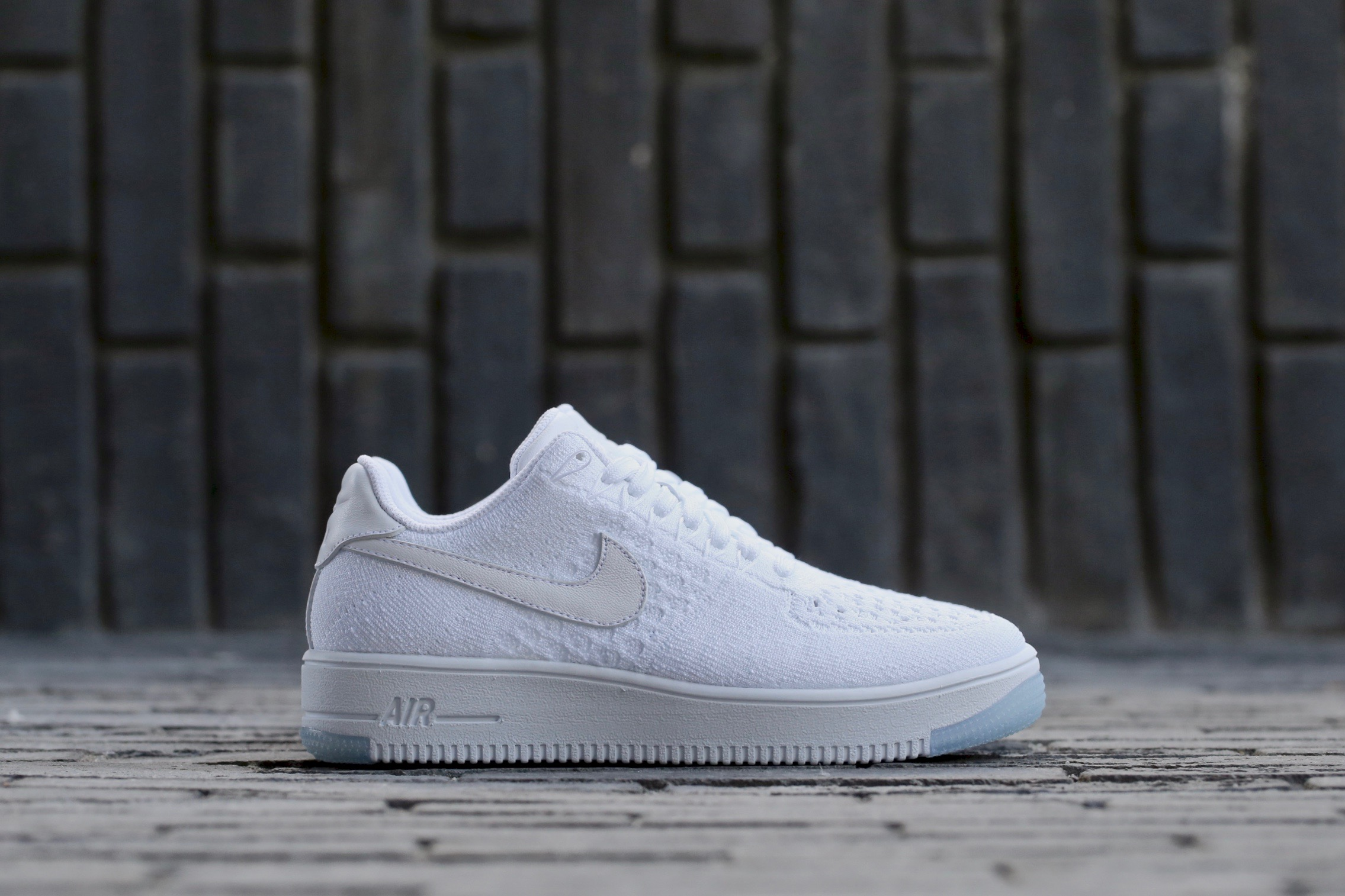 670be7d8f4b5 Nike W Air Force 1 Flyknit Low – White   White – STASP