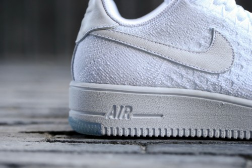 Nike W Air Force 1 Flyknit Low - White / White