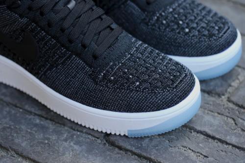 Nike W Air Force 1 Flyknit Low - Black / White / Black