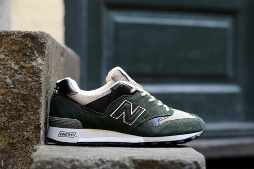 New Balance M577DKG - Dark Green / Black