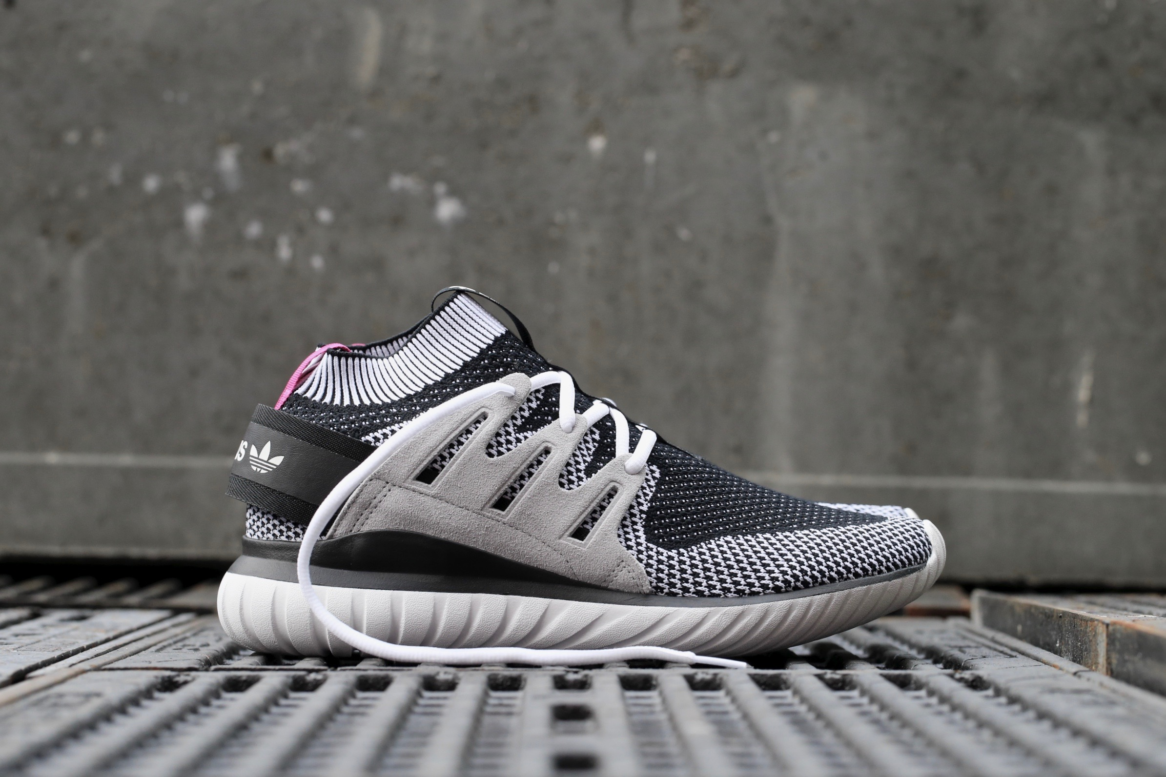 innovative design 01a7e 11402 adidas Originals Tubular Nova PK - Ftwr White / Vintage White / Core Black