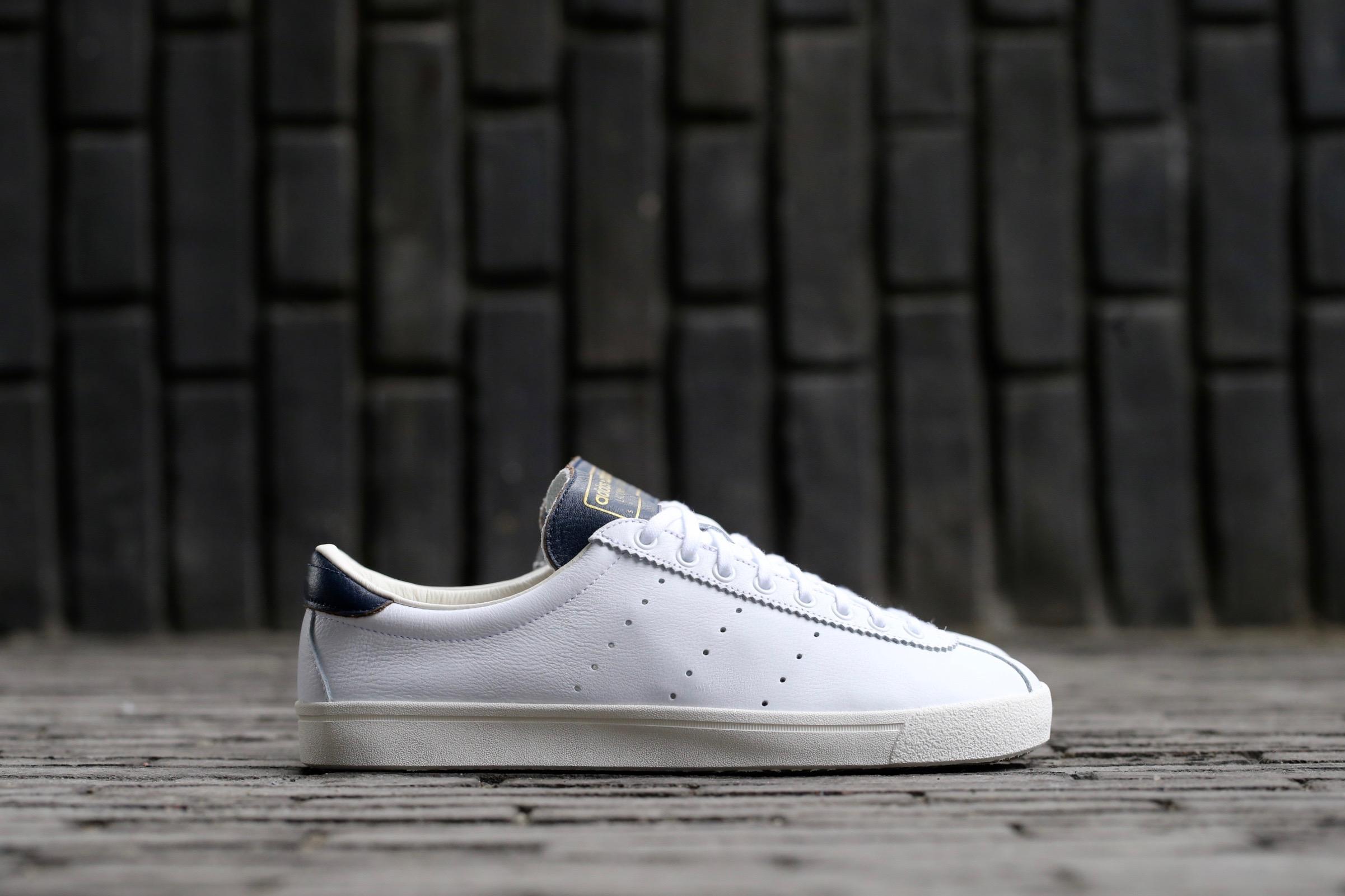 finest selection fd597 b243e adidas Originals Lacombe Spezial – Core White  Collegiate Na