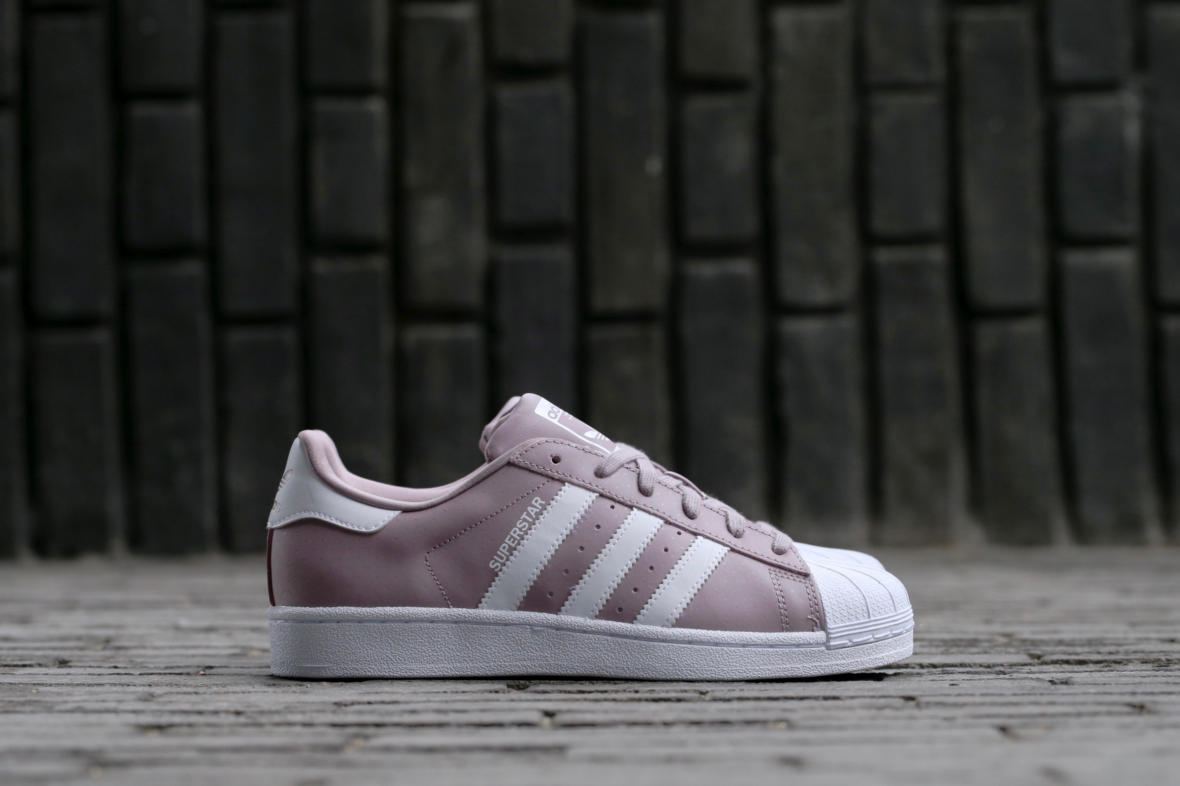 adidas original superstar violet