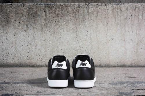 NB-Football-Packshot-EPICTR-heels