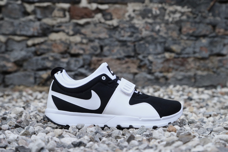 c836fe5a531e Nike SB Trainerendor – Black   White – STASP