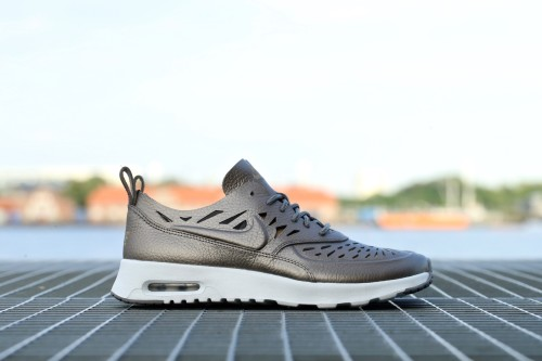 Nike Air Max Thea Joli - Metallic Pewter / Dust / Off White