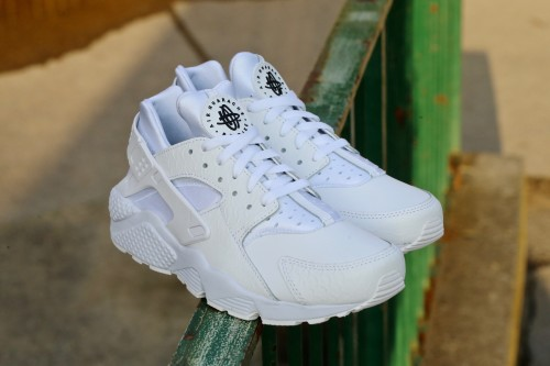 Nike Air Huarache Run PRM - White / White / Black