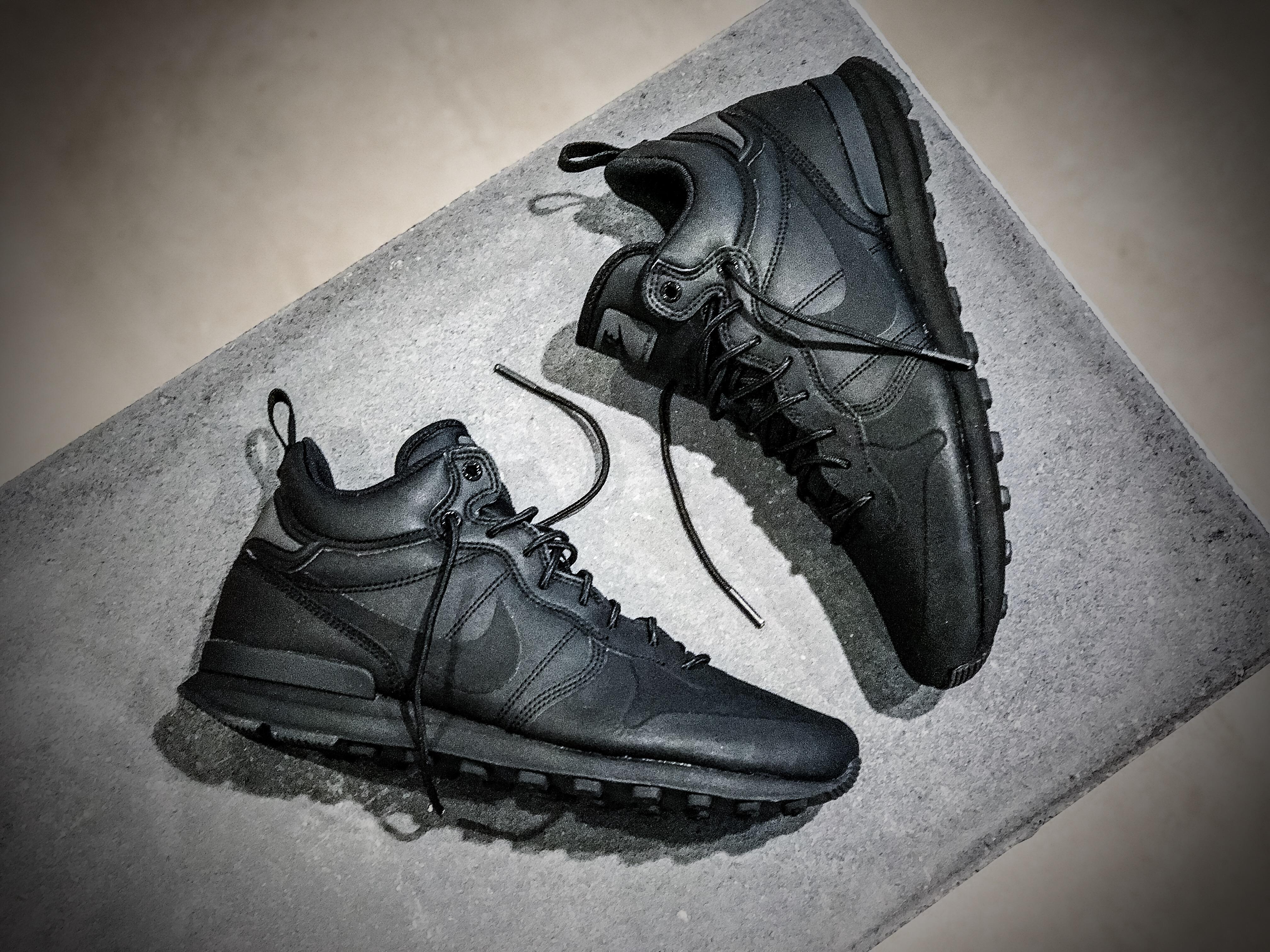 e7fb0a7a6c022f Nike Internationalist Utility – Black   Black – STASP