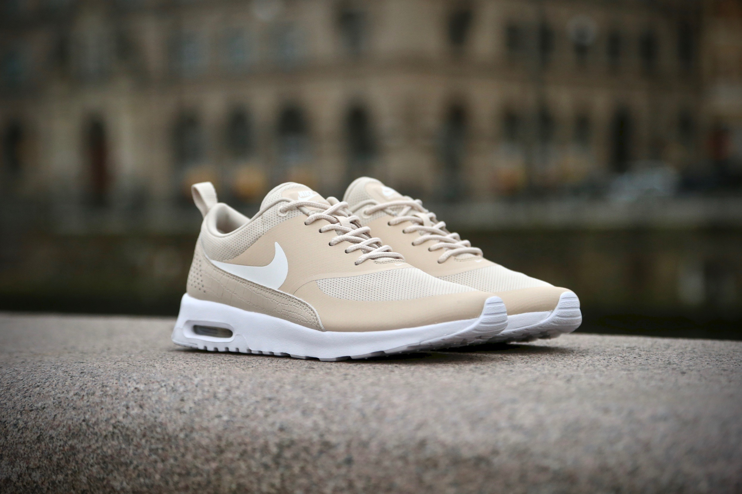 air max thea oatmeal