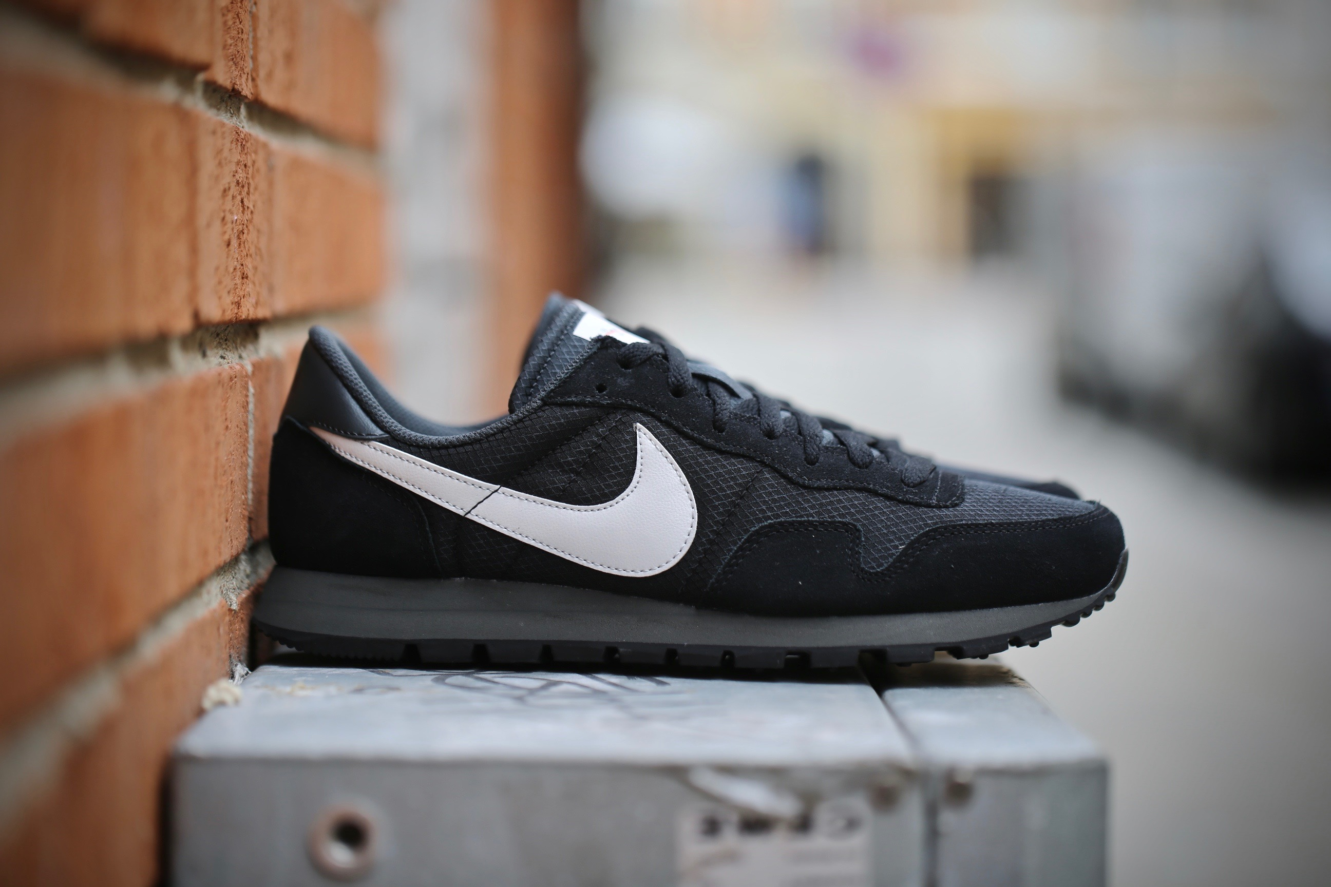 c74a4870d32 Nike Air Pegasus  83 – Black   Pure Platinum   Anthracite   White ...