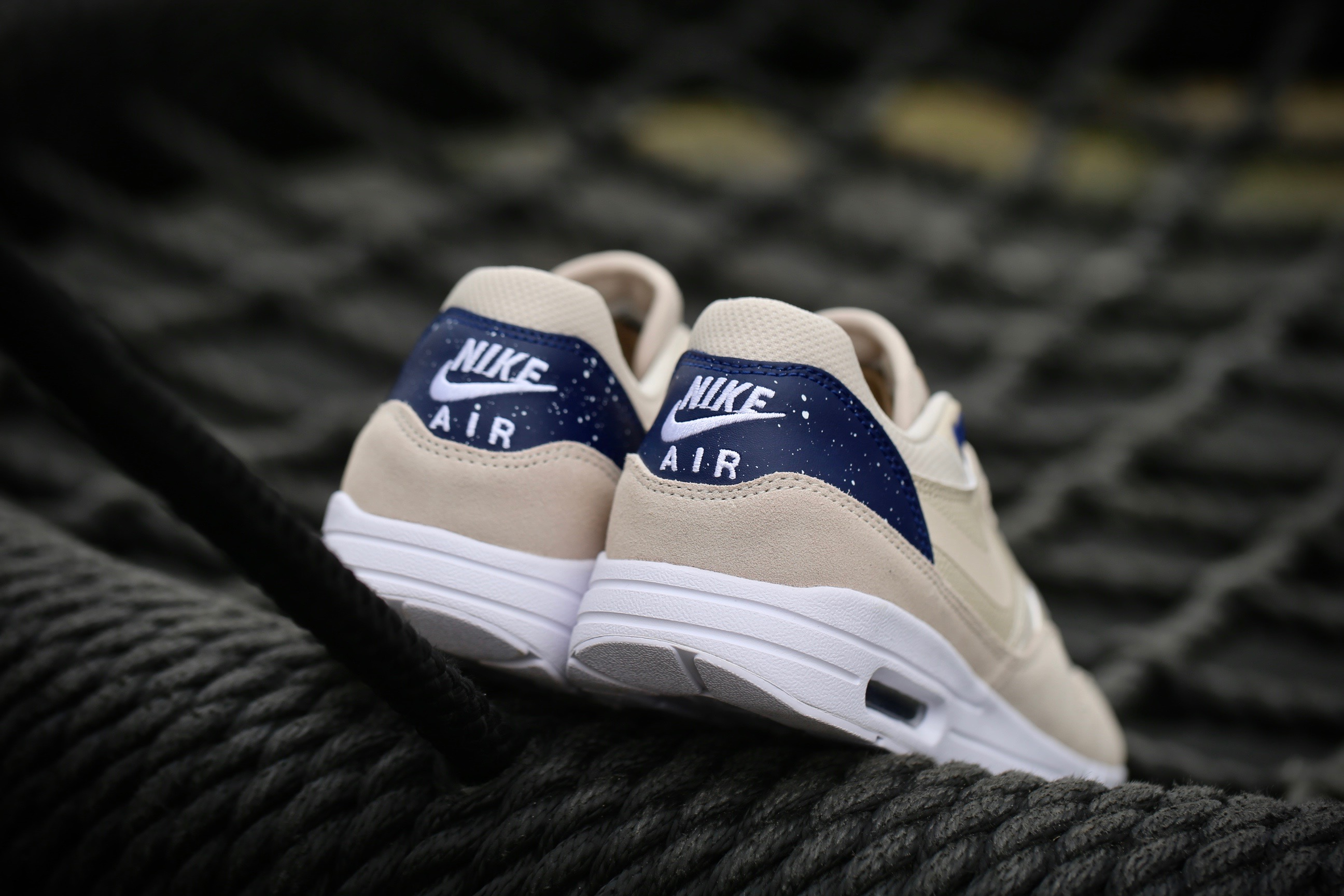 info for size 7 best service Nike W Air Max 1 Ultra 2.0 - Oatmeal / Binary Blue / White