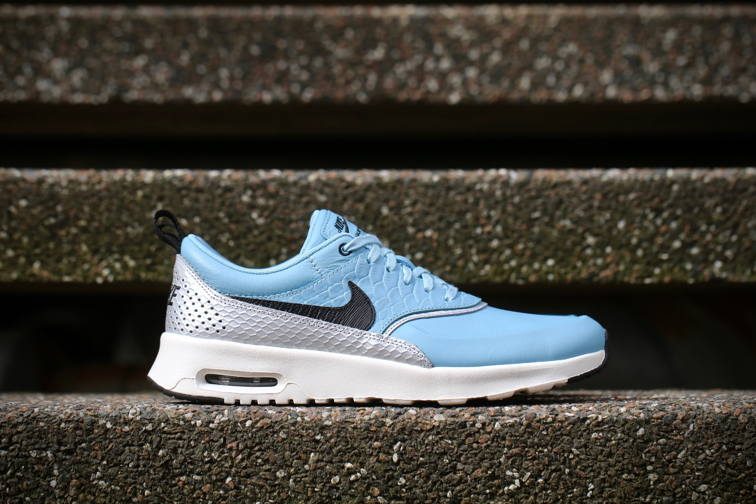 48a274ee9e07 Nike Wmns Air Max Thea LX – Mica Blue   Metallic Silver   Ivory ...
